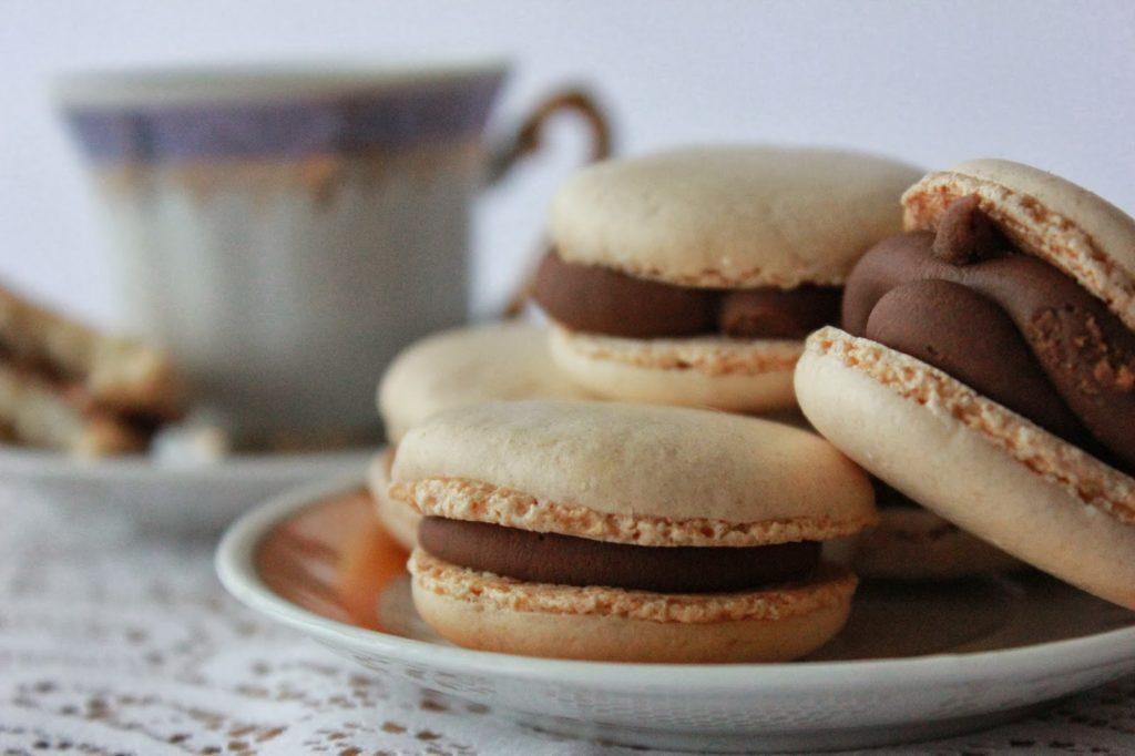 Macarons à la ganache au chocolat