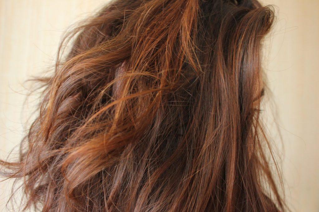 Santé des cheveux avec le henné
