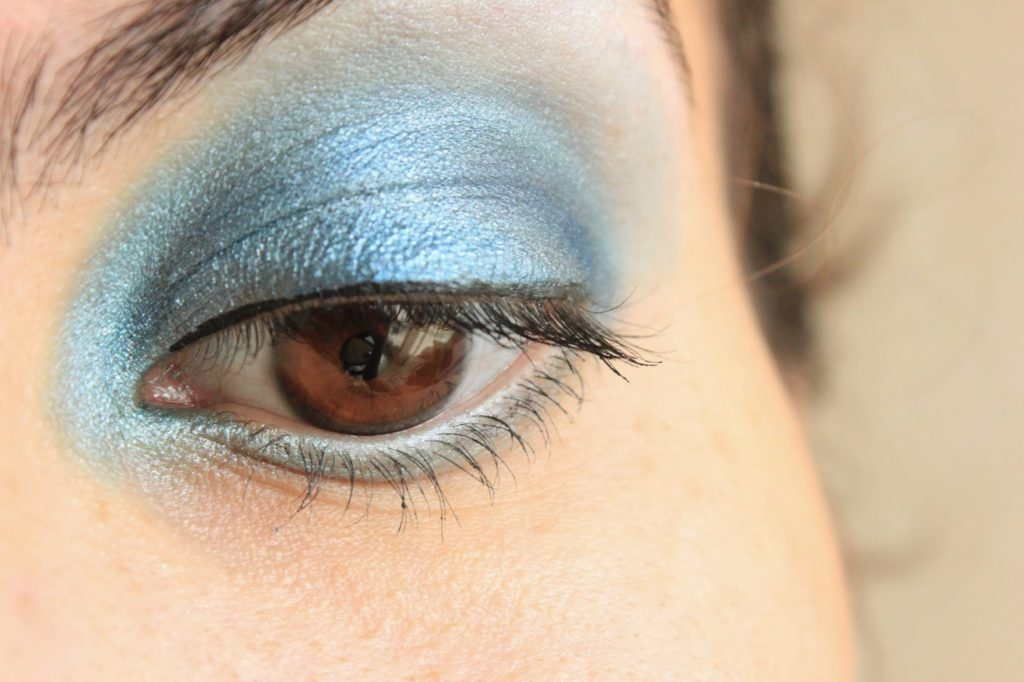 Mica bleu pur utilisé en fard à paupières