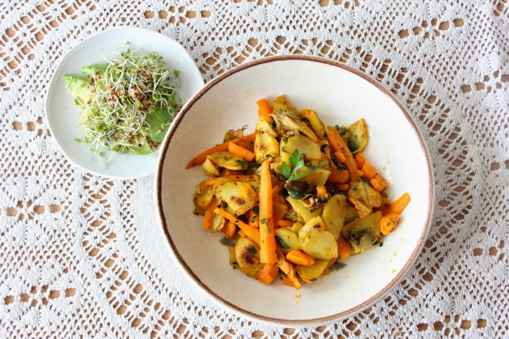 Poêlée de chanterelles avec des carottes