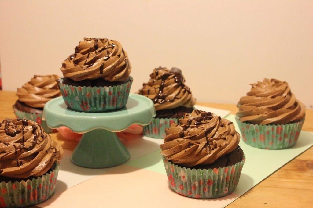 Cupcakes crème au beurre au chocolat