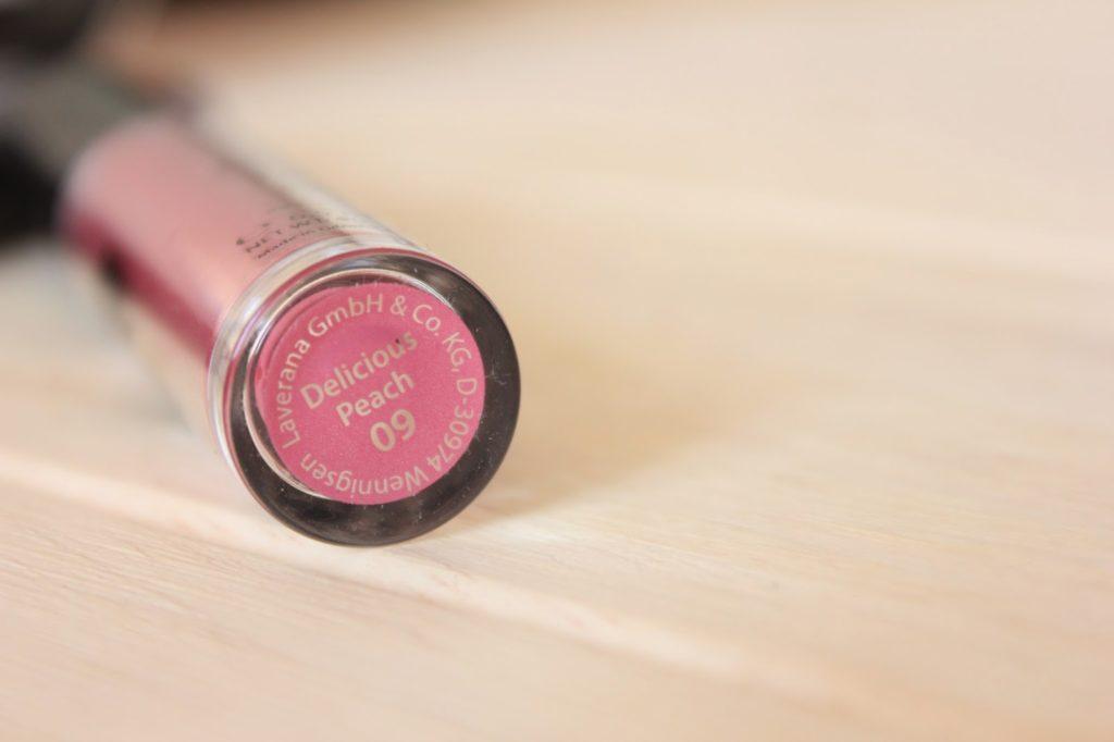 Lavera delicious peach lipgloss
