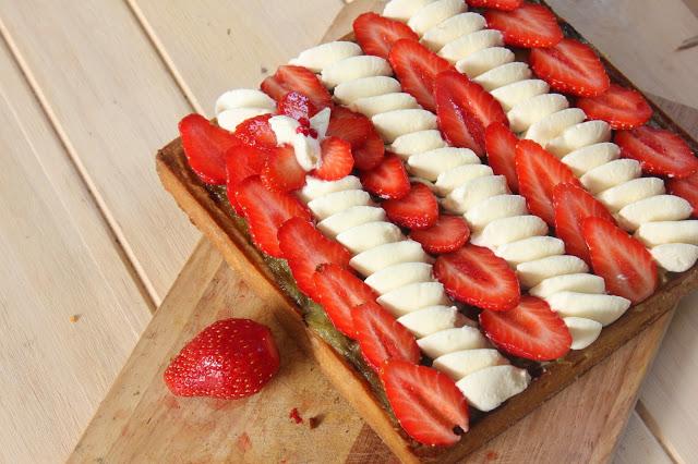 Tarte fraise et rhubarbe facile