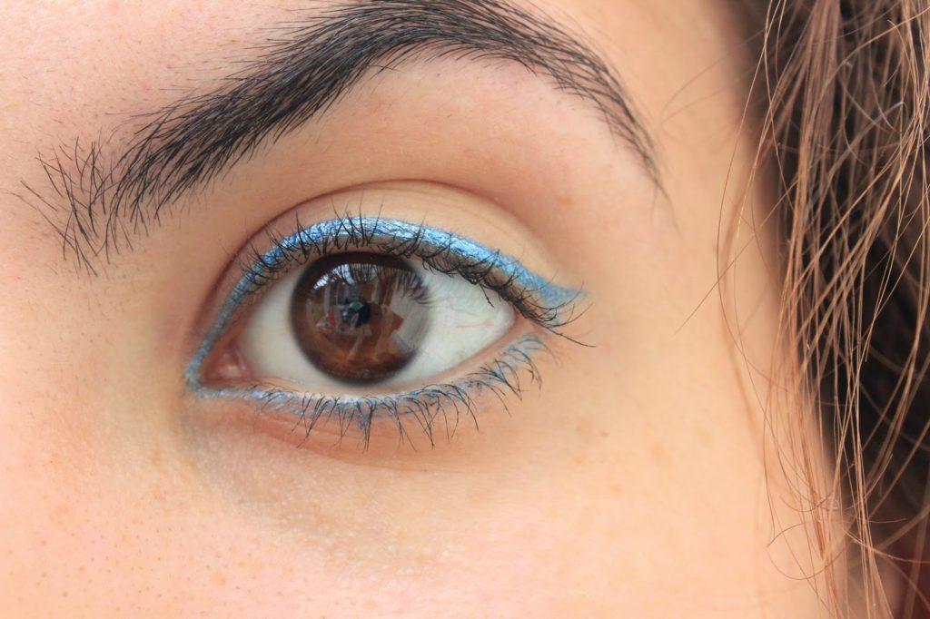 Mica bleu pur utilisé en liner