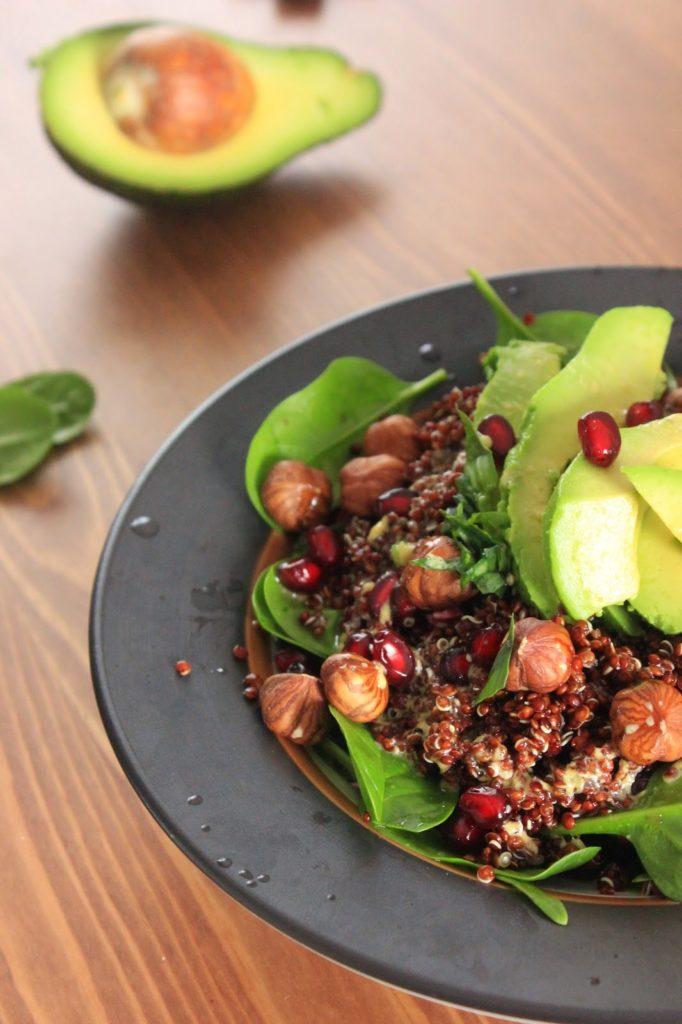 Recette de salade avec du quinoa rouge