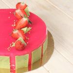 Entremets à la vanille, insert fraise et citron