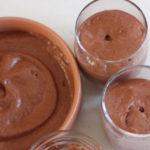 Verres de mousse au chocolat vegan
