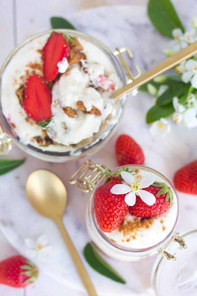 Tiramisu fraises et spéculoos sans oeufs