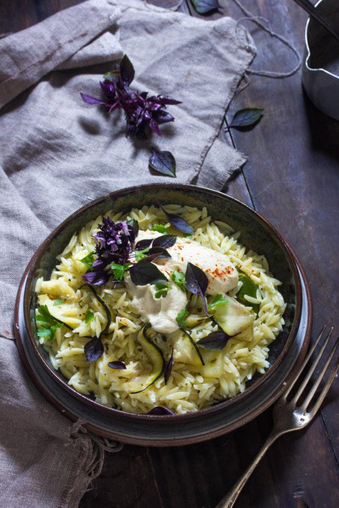 Salade de pâtes aux courgettes au zaatar