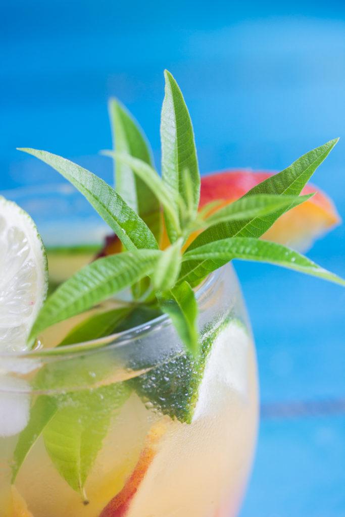 Verveine citronnée en boisson