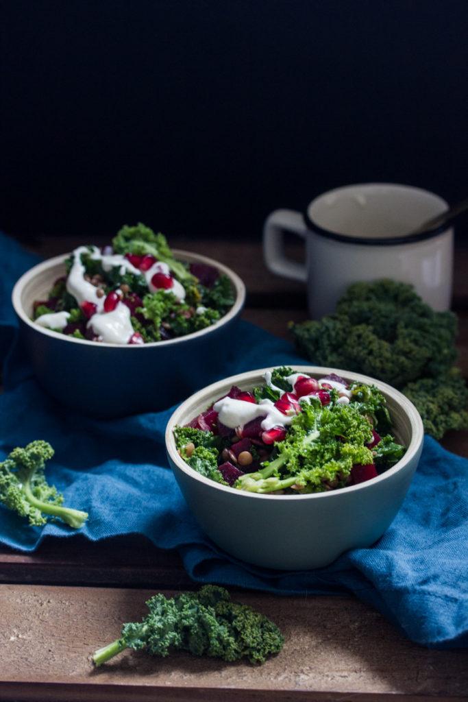 Salade de kale aux betteraves et à l'ail