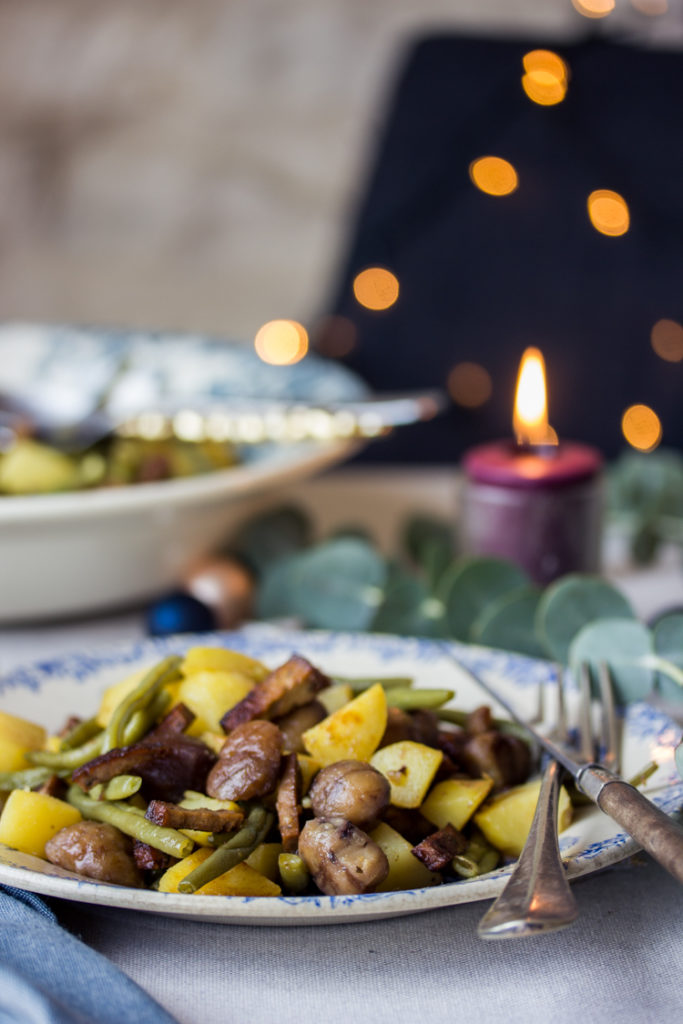Pommes de terres aux haricots, lardons de tofu et marrons