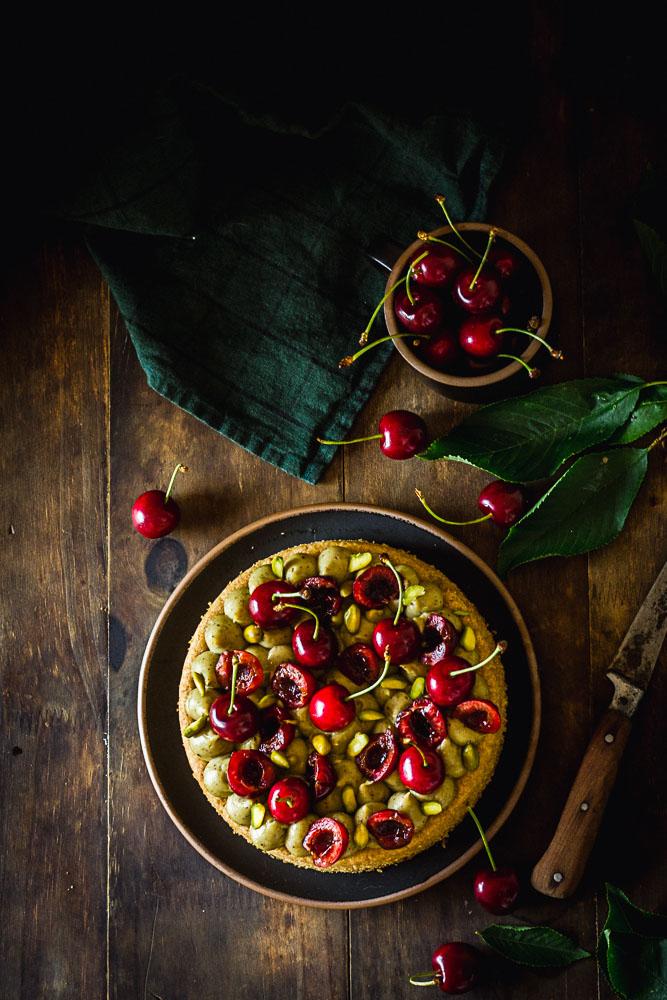 Tarte sur base de sablé breton pistache et cerise