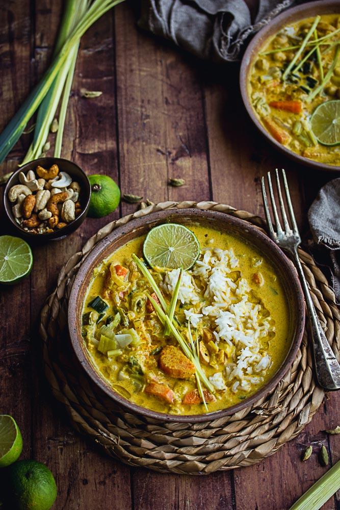 Curry végétarien de légumes et pois chiches