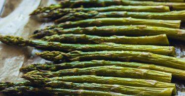 Recette des asperges vertes rôties