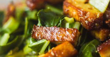 Blettes au tofu fumé